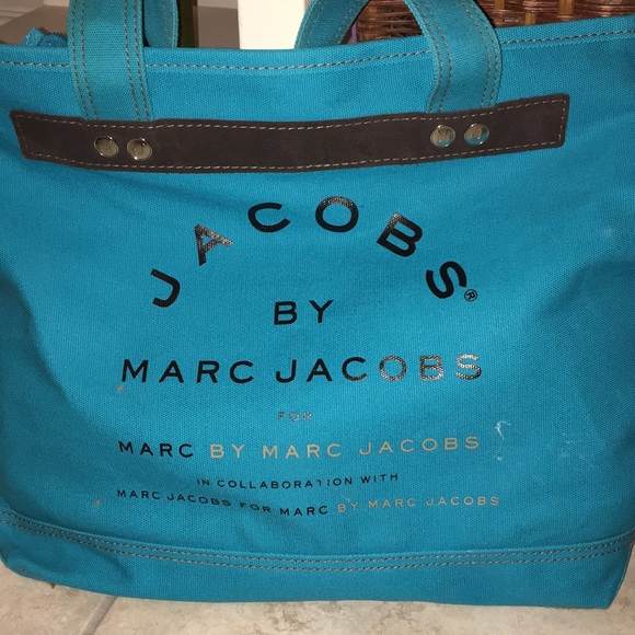 Marc By Marc Jacobs Handbags - Jacobs by Marc Jacobs Zippered Tote